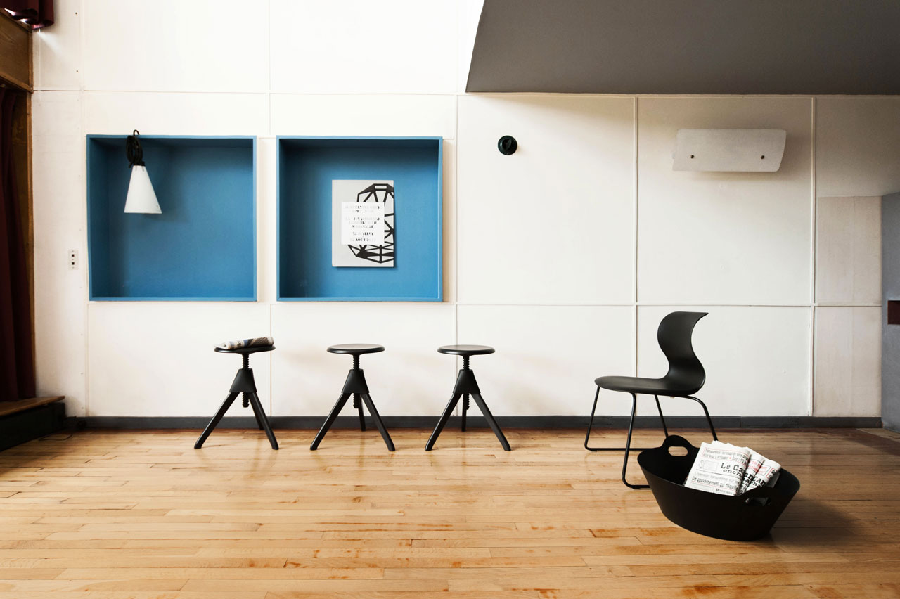 Konstantin grcic at apartment n 50 at le corbusier s for Salon a marseille