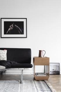 catesthill-dark-moody-home-stockholm-5