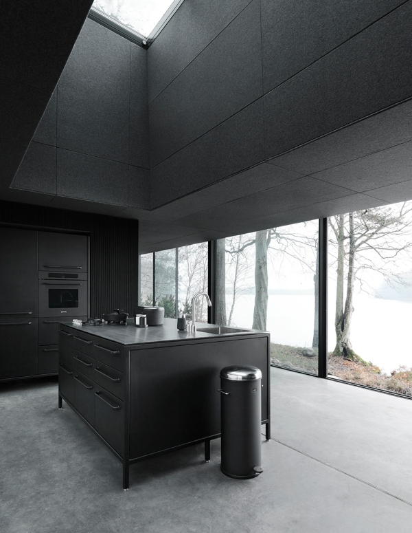 Vipp701-Shelter-Kitchen-Living02-Low